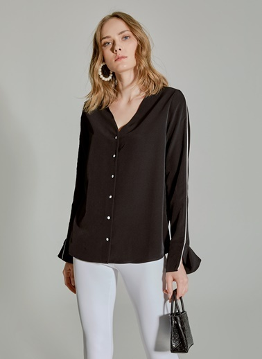 People By Fabrika Kontrast Biyeli Kolu Yırtmaçlı Gömlek Siyah